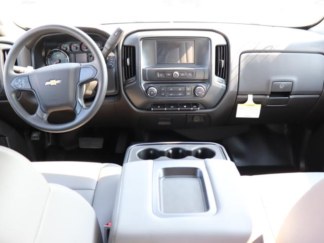 2018 Silverado 3500 Crew Cab DRW 4x4,  Reading Panel and Tapered Panel Service Utility Van #JF263292 - photo 17