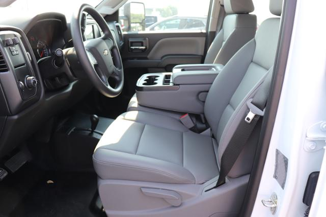 2018 Silverado 3500 Crew Cab DRW 4x4,  Reading Panel and Tapered Panel Service Utility Van #JF263292 - photo 20