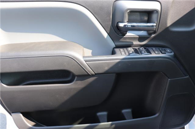 2018 Silverado 3500 Crew Cab DRW 4x4,  Reading Panel and Tapered Panel Service Utility Van #JF263292 - photo 18