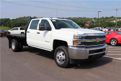 2018 Silverado 3500 Crew Cab DRW 4x2,  Commercial Truck & Van Equipment Gooseneck Platform Body #JF286455 - photo 3
