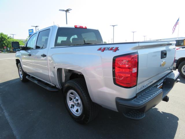 2018 Silverado 1500 Crew Cab 4x4,  Pickup #JG330762 - photo 2
