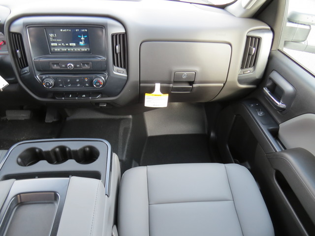 2019 Silverado 2500 Double Cab 4x2,  Reading Service Body #K1148068 - photo 18
