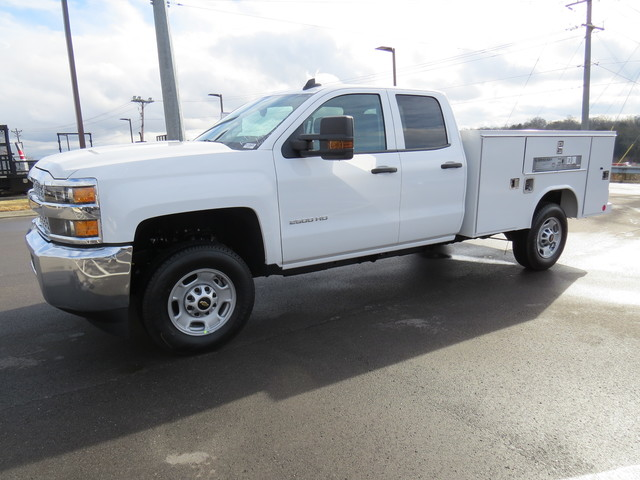 2019 Silverado 2500 Double Cab 4x2,  Reading Service Body #K1148068 - photo 7