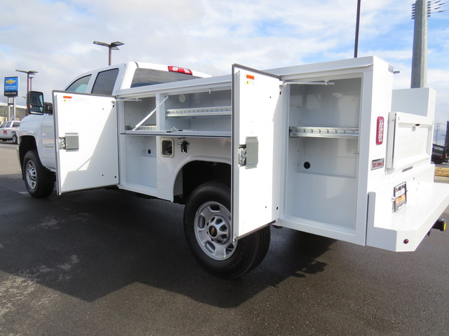 2019 Silverado 2500 Double Cab 4x4,  Reading Service Body #K1150219 - photo 13