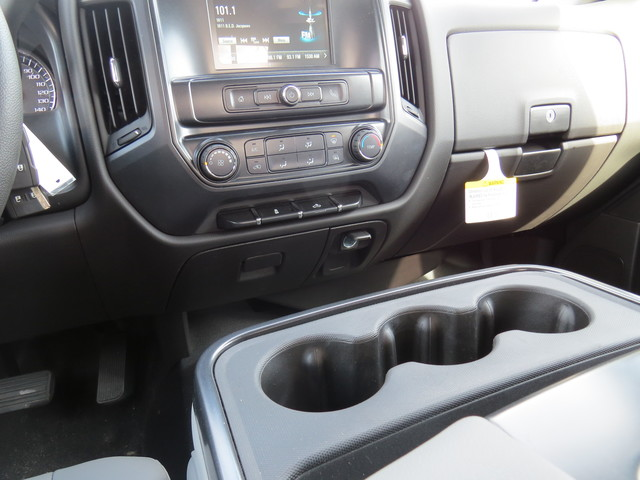 2019 Silverado 2500 Double Cab 4x4,  Reading Service Body #K1150219 - photo 21