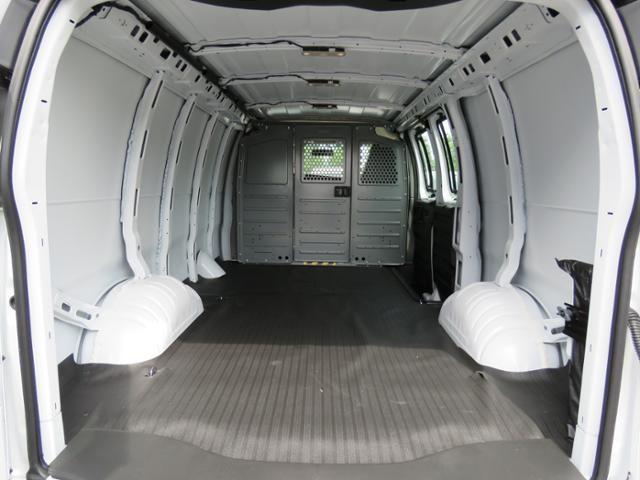 2019 Express 2500 4x2,  Empty Cargo Van #K1203115 - photo 1