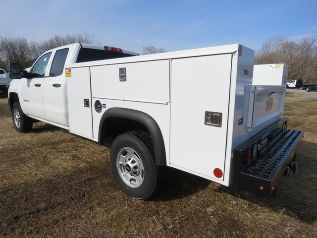 2019 Silverado 2500 Double Cab 4x2, Reading Service Body #K1215227 - photo 1