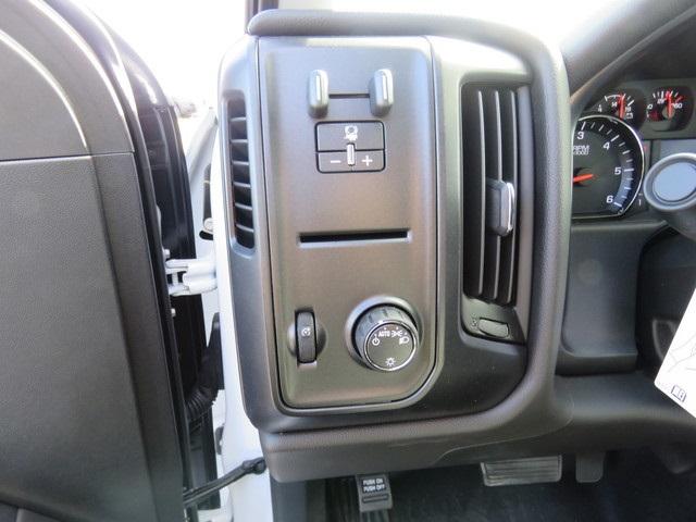 2019 Silverado 2500 Double Cab 4x2, Reading SL Service Body #K1216100 - photo 22