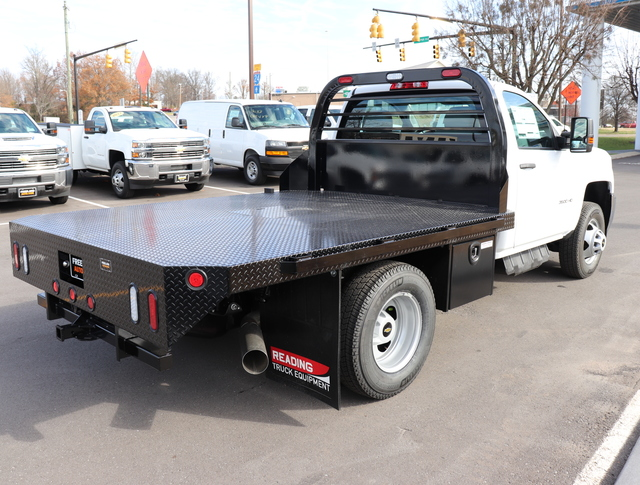 2019 Silverado 3500 Regular Cab DRW 4x4,  Reading Redi-Dek Platform Body #KF159230 - photo 2