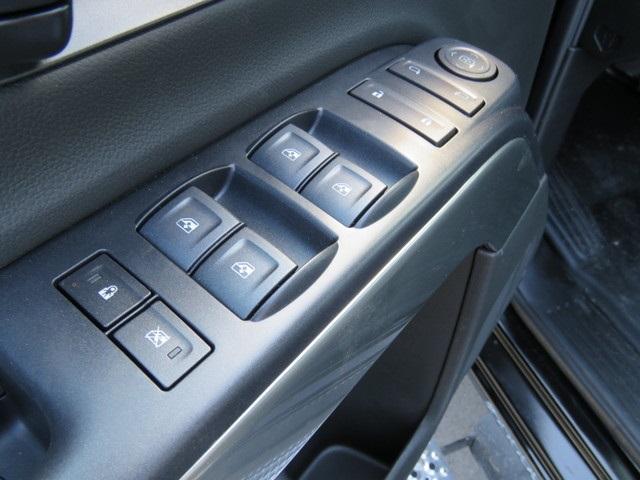 2019 Chevrolet Silverado 6500 Crew Cab DRW 4x2, Dual-Tech 1035 Rollback Body #KH312268 - photo 23