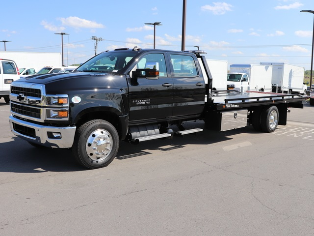 2019 Chevrolet Silverado 6500 Crew Cab DRW 4x2, Dual-Tech Rollback Body #KH312268 - photo 1
