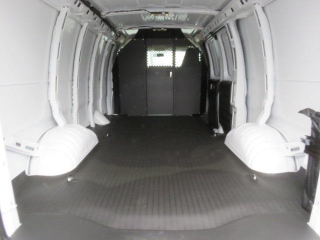 2020 Express 2500 4x2, Empty Cargo Van #L1194902 - photo 1