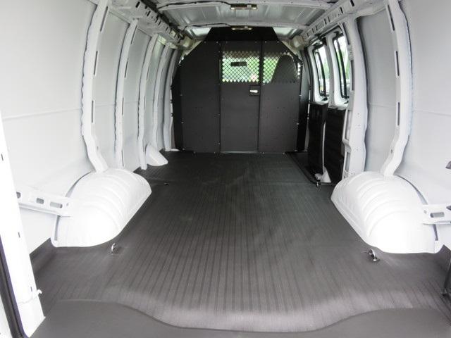 2020 Express 2500 4x2, Masterack Empty Cargo Van #L1195060 - photo 1