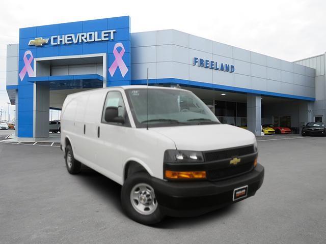 2020 Chevrolet Express 2500 4x2, Masterack Empty Cargo Van #L1195246 - photo 1