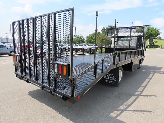 2021 Chevrolet LCF 3500 4x2, Wil-Ro Dovetail Landscape #MS204003 - photo 1