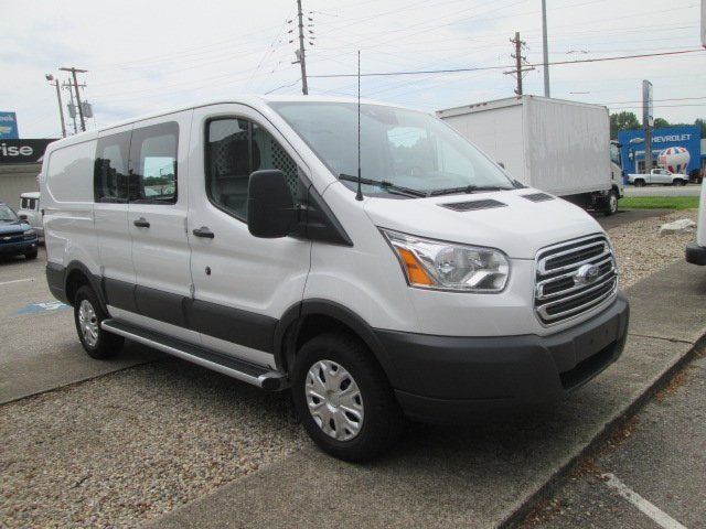 2016 Transit 250 Cargo Van #10479T - photo 4