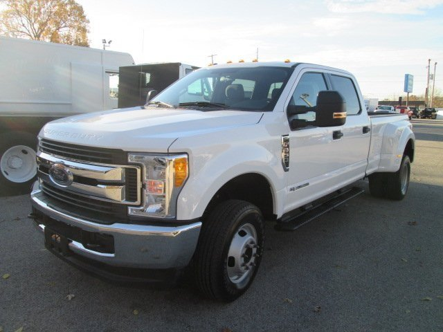 2017 F-350 Crew Cab DRW 4x4 Pickup #10504T - photo 1