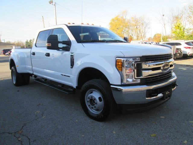 2017 F-350 Crew Cab DRW 4x4 Pickup #10504T - photo 4