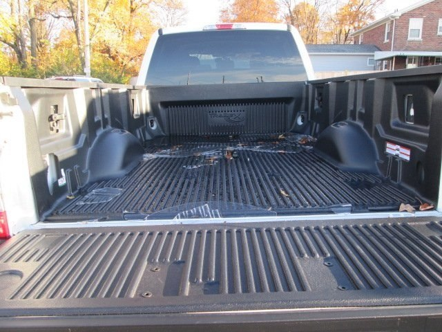 2017 F-350 Crew Cab DRW 4x4 Pickup #10504T - photo 7