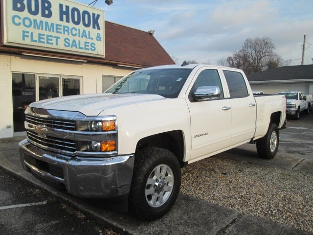 2017 Silverado 2500 Crew Cab 4x4 Pickup #10520T - photo 1