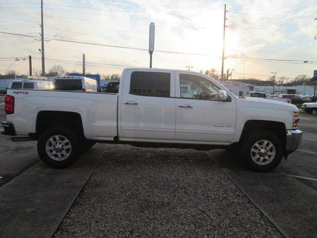 2017 Silverado 2500 Crew Cab 4x4 Pickup #10520T - photo 6