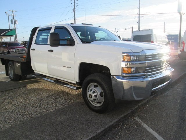 2015 Silverado 3500 Crew Cab DRW 4x4, Hauler Body #10529TA - photo 4
