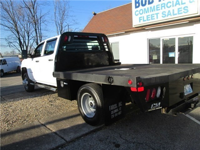 2015 Silverado 3500 Crew Cab DRW 4x4, Hauler Body #10529TA - photo 2