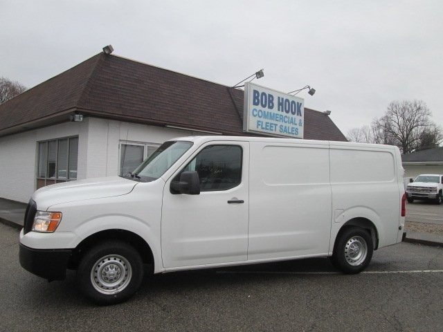 2017 NV HD, Cargo Van #10566T - photo 7