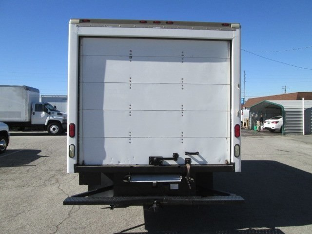 2011 Savana 3500, Cutaway Van #10574T - photo 7