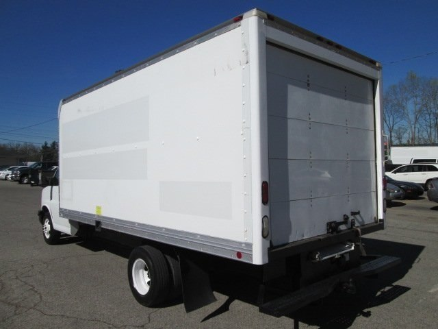 2011 Savana 3500, Cutaway Van #10574T - photo 2
