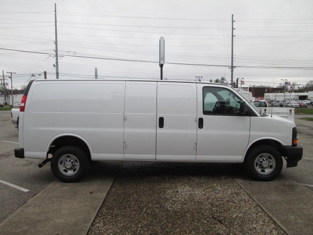 2017 Express 2500, Cargo Van #10601T - photo 6