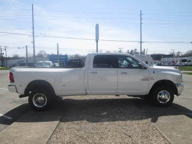 2017 Ram 3500 Crew Cab DRW 4x4,  Pickup #10603T - photo 5