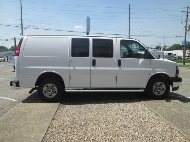 2017 Savana 2500, Upfitted Van #10624T - photo 7