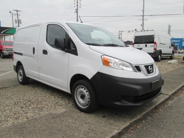 2017 NV200, Cargo Van #10627T - photo 5