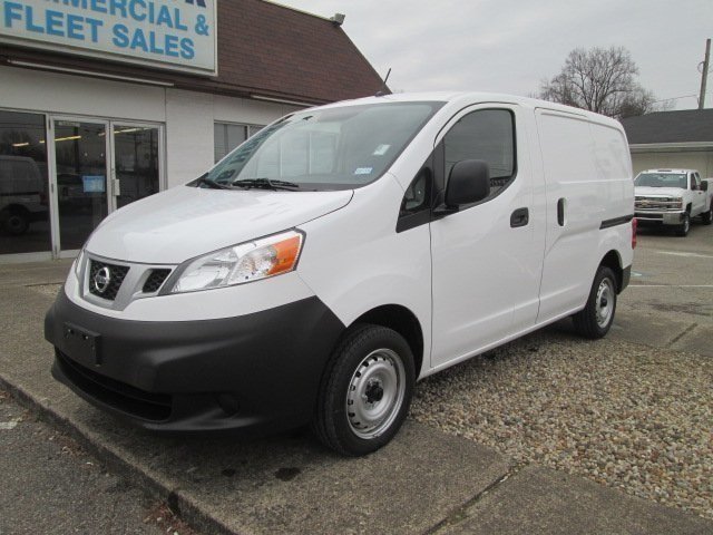 2017 NV200,  Empty Cargo Van #10628T - photo 1