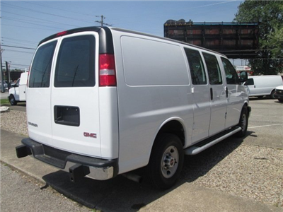 2017 Savana 2500,  Empty Cargo Van #10640T - photo 7