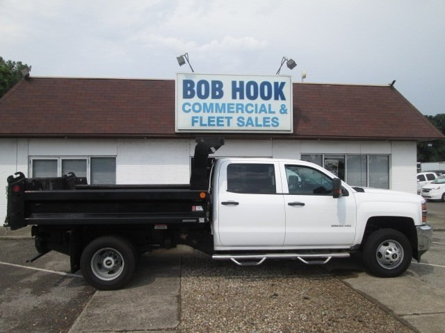 2016 Silverado 3500 Crew Cab DRW 4x2,  Reading Dump Body #10686T - photo 26
