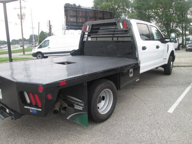 2017 F-350 Crew Cab DRW 4x4,  CM Truck Beds RD Model Platform Body #10709T - photo 4