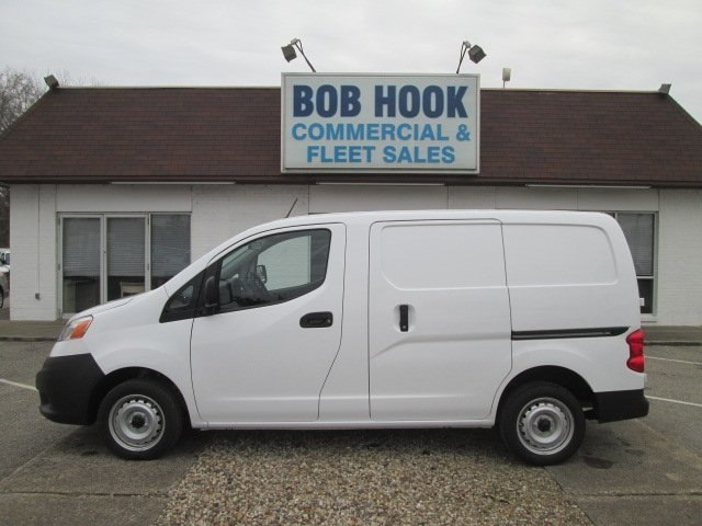 2017 NV200,  Empty Cargo Van #10710T - photo 19
