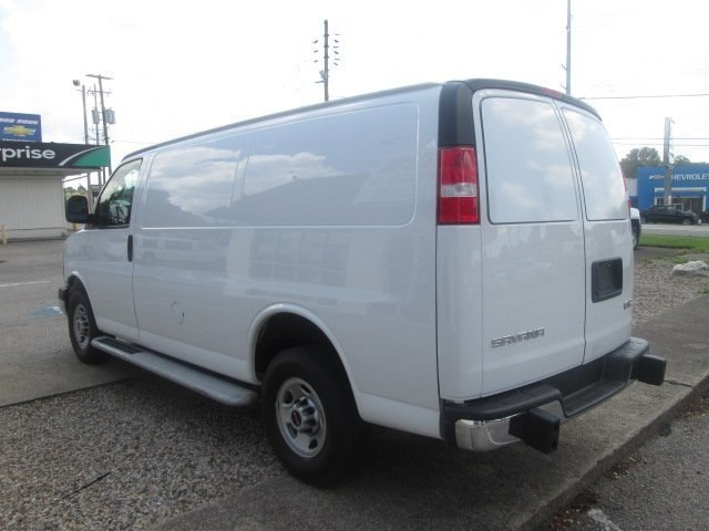 2017 Savana 2500,  Empty Cargo Van #10718T - photo 7