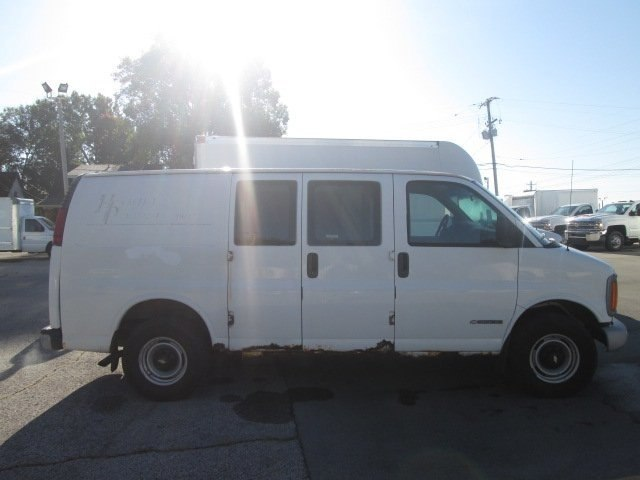 2001 Express 3500 4x2,  Empty Cargo Van #10740TA - photo 11