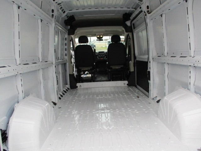 2017 ProMaster 2500 High Roof FWD,  Empty Cargo Van #10765T - photo 12