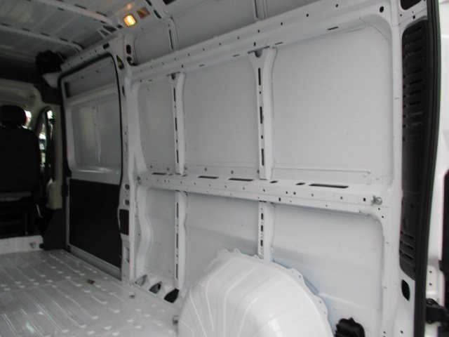 2017 ProMaster 2500 High Roof FWD,  Empty Cargo Van #10765T - photo 3