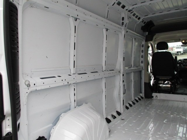 2017 ProMaster 2500 High Roof FWD,  Empty Cargo Van #10765T - photo 13