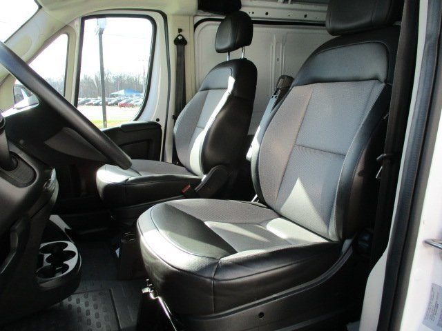 2017 ProMaster 1500 Low Roof FWD,  Empty Cargo Van #10790T - photo 10