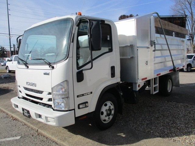 2016 NPR Regular Cab 4x2,  Landscape Dump #10796T - photo 5