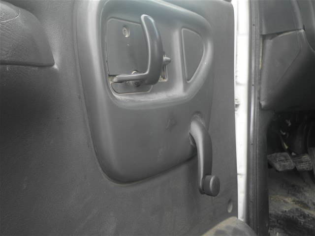 2003 C7500 Crew Cab 4x2,  Mechanics Body #11111 - photo 10