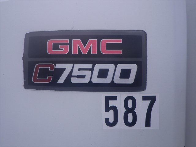 2003 C7500 Crew Cab 4x2,  Mechanics Body #11111 - photo 14