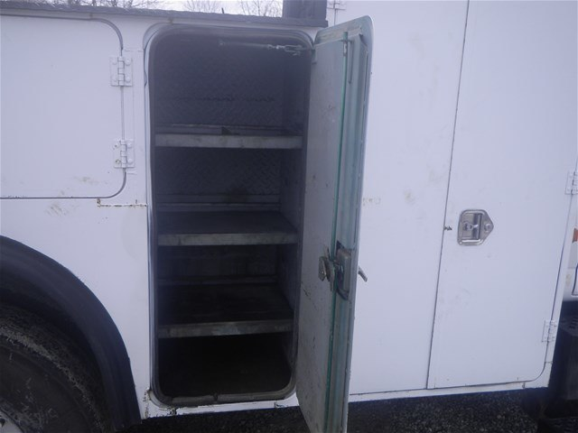 2003 C7500 Crew Cab 4x2,  Mechanics Body #11111 - photo 16