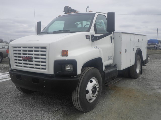 2003 C7500 Crew Cab 4x2,  Mechanics Body #11111 - photo 24